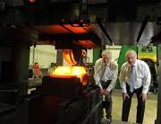 (l-r) Geoff Turnbull and Larry Joyce (KimberMills International)